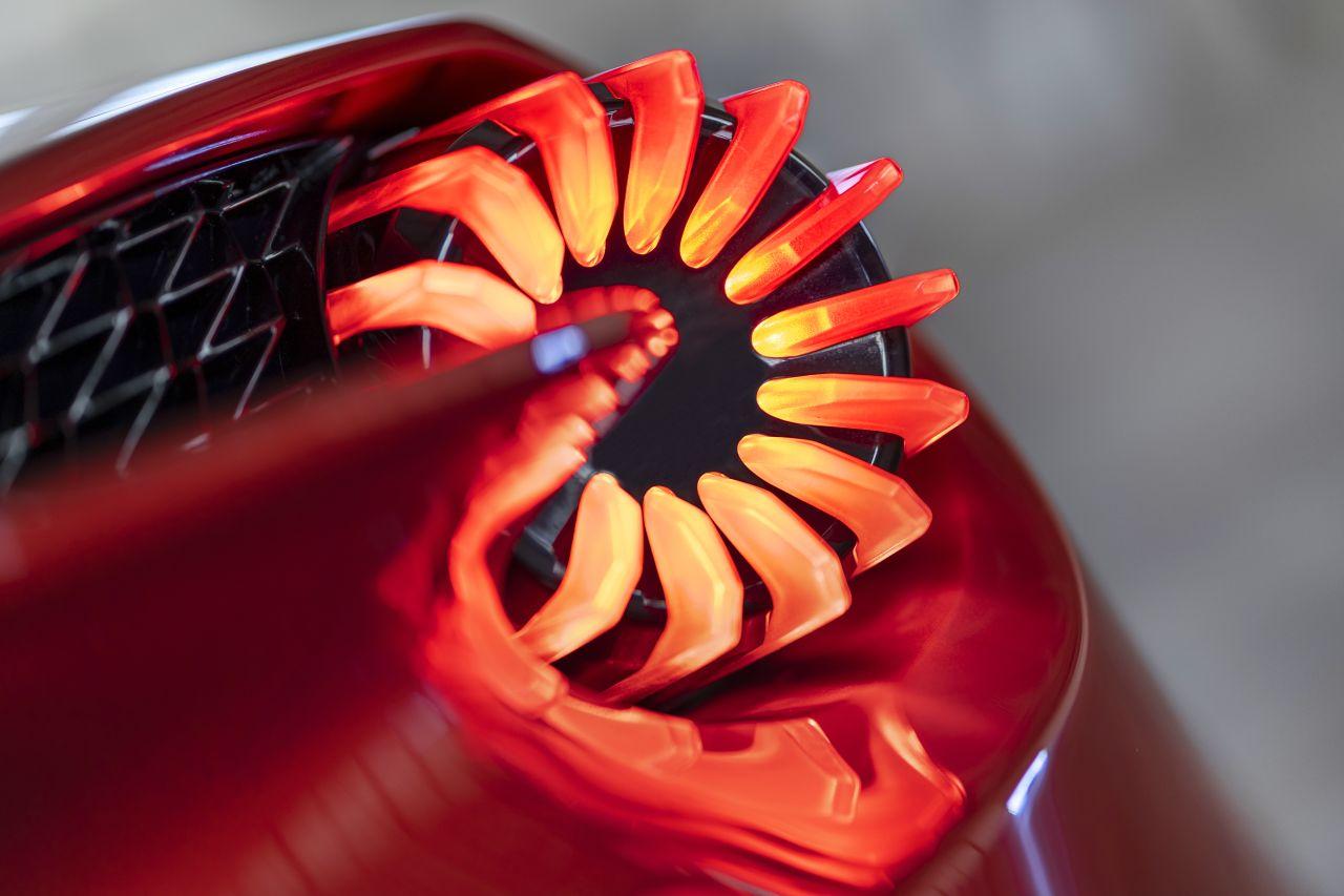 Aston Martin Vanquish By Zagato - Lady Signorina 8