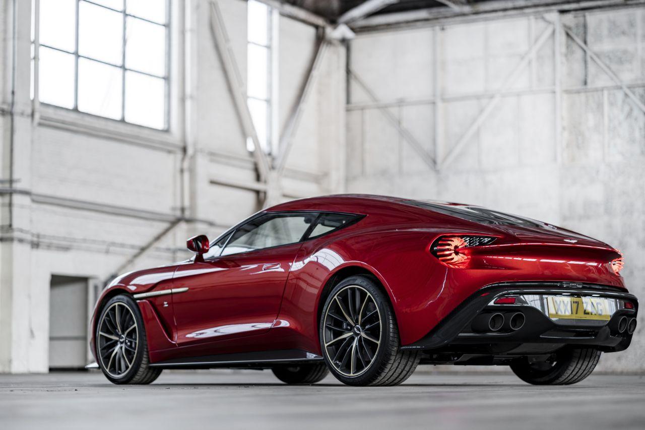 Aston Martin Vanquish By Zagato - Lady Signorina 6