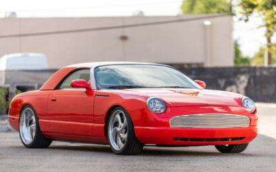 '03 Ford Thunderbird SEMA build: T bird goût mandarine