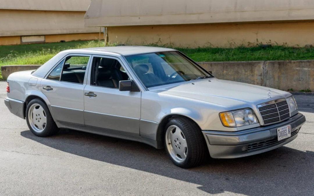 '94 Mercedes E500 RENNtech 6.0 : Vous reprendrez bien un peu de cylindrée ?