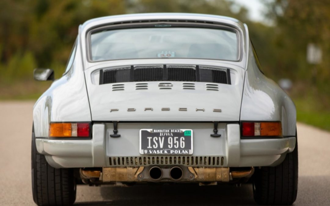 Porsche 911 « Backdated »… Des hanches de MILF