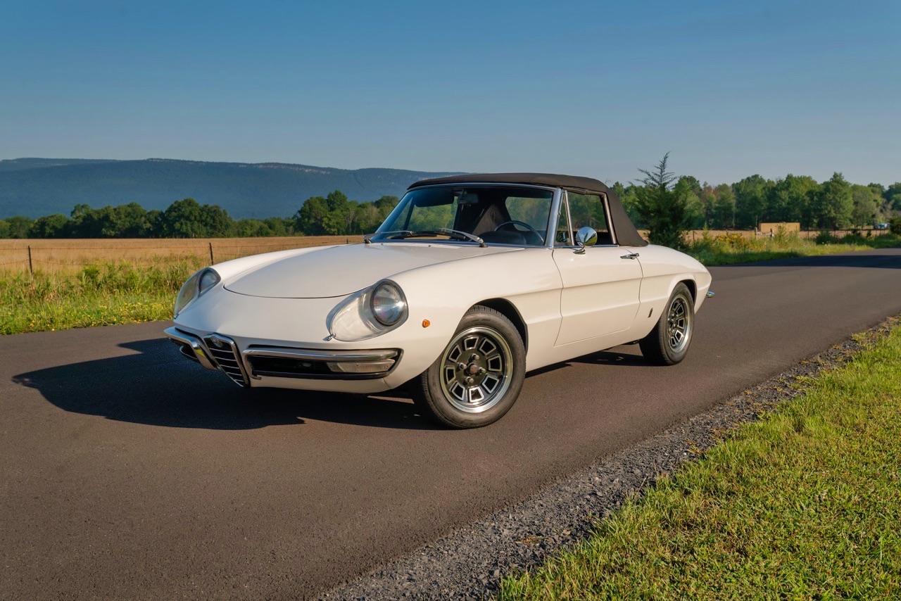 '69 Alfa Spider Duetto - Osso di seppia sauce restomod ! 5