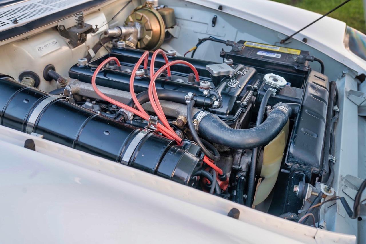 '69 Alfa Spider Duetto - Osso di seppia sauce restomod ! 12