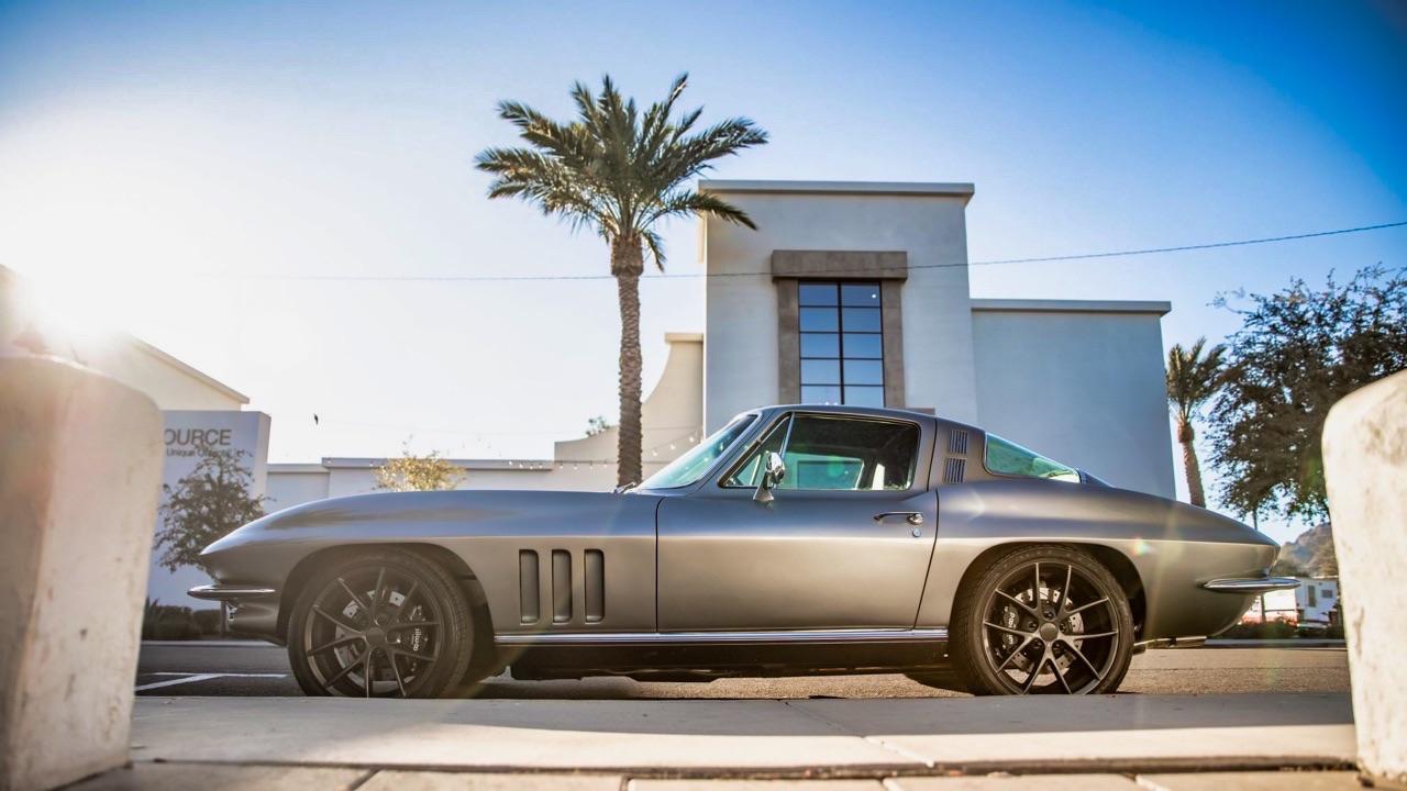 '64 Chevrolet Corvette C2 - Stingray'stomod ! 11