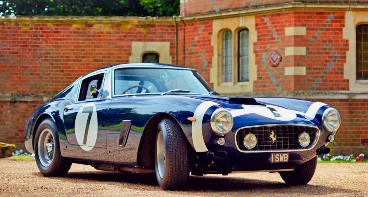 Stirling Moss et Enzo Ferrari : L'histoire de la Ferrari F1 bleue. 37