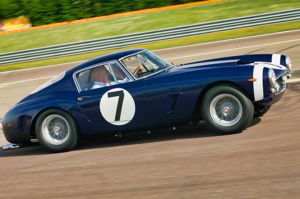 Stirling Moss et Enzo Ferrari : L'histoire de la Ferrari F1 bleue. 31