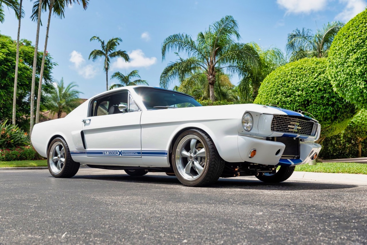 '66 Ford Mustang - Supercharged Coyote par Classic Recreation. 16