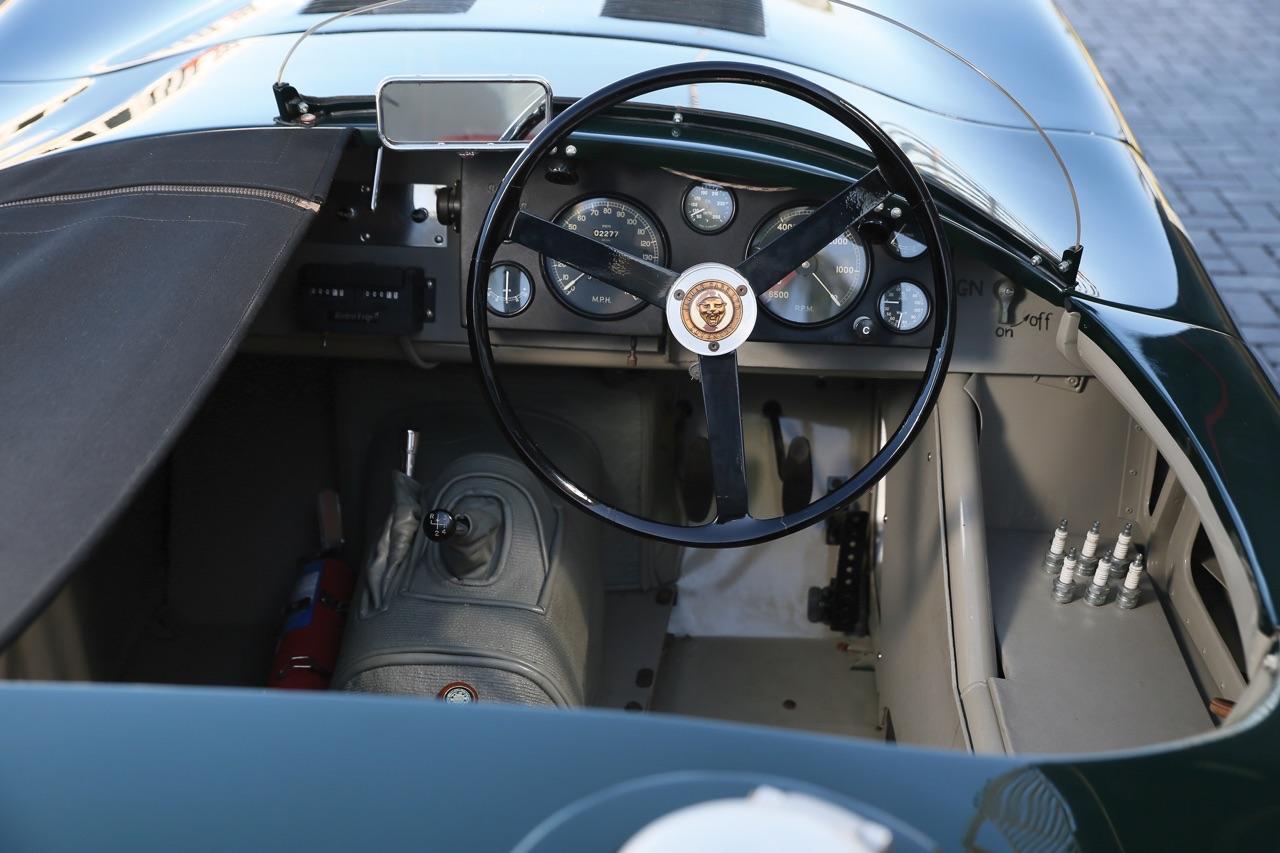 Jaguar Type C : Divine féline ! 11