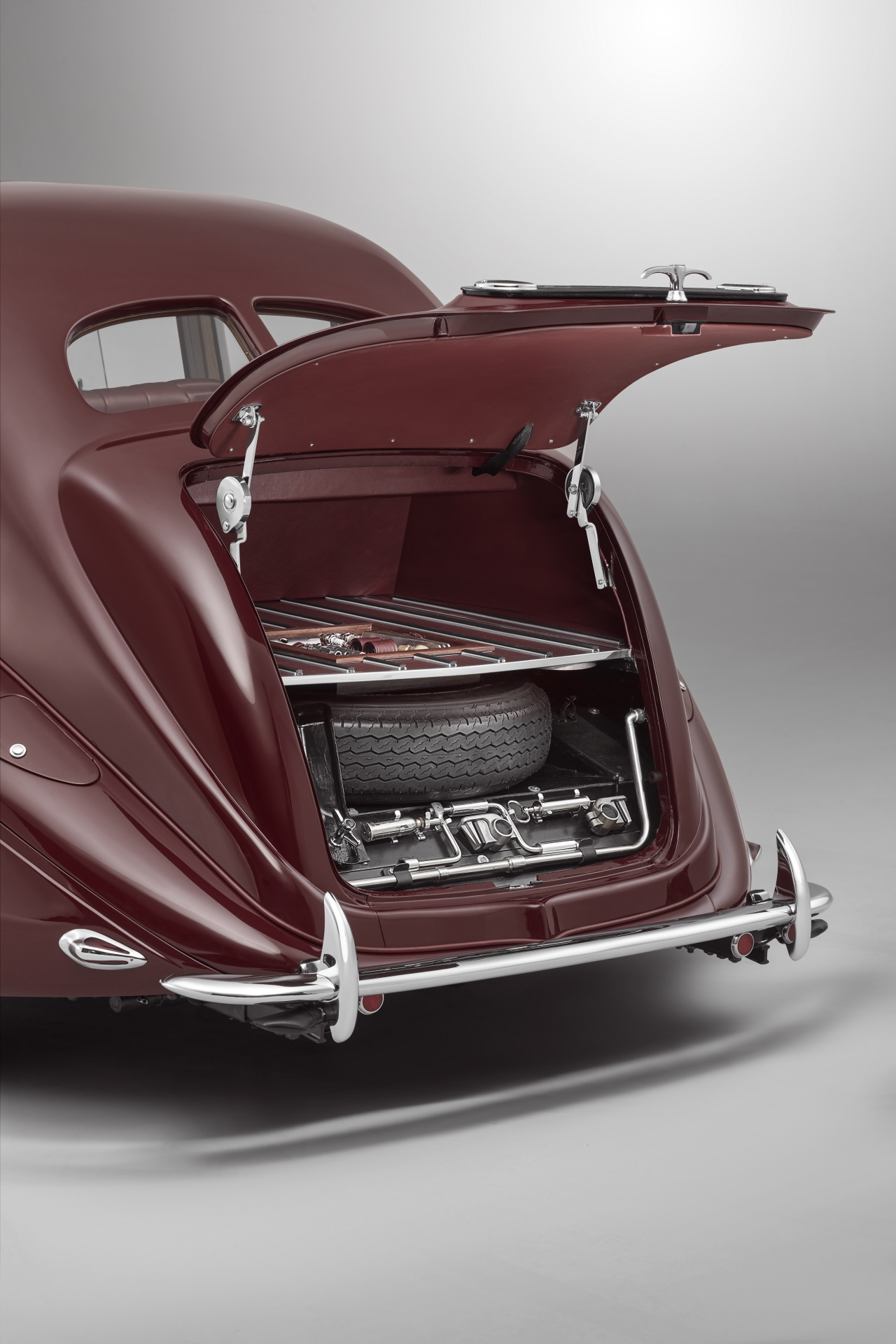 '39 Bentley Corniche Mulliner : Haute couture 8