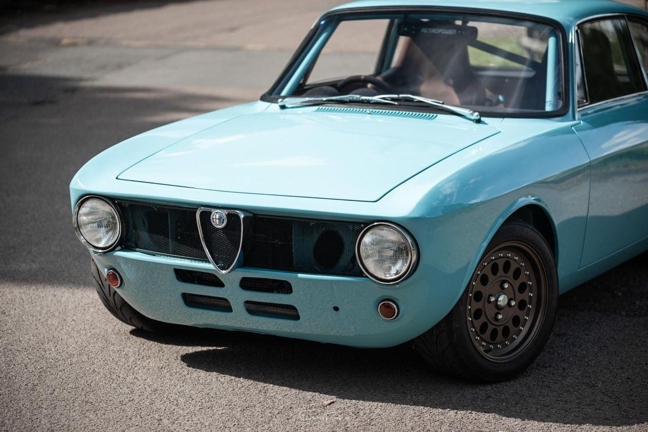 Alfa Romeo Giulia GT Junior Swap 2.7L - Singer à l'italienne ! 31