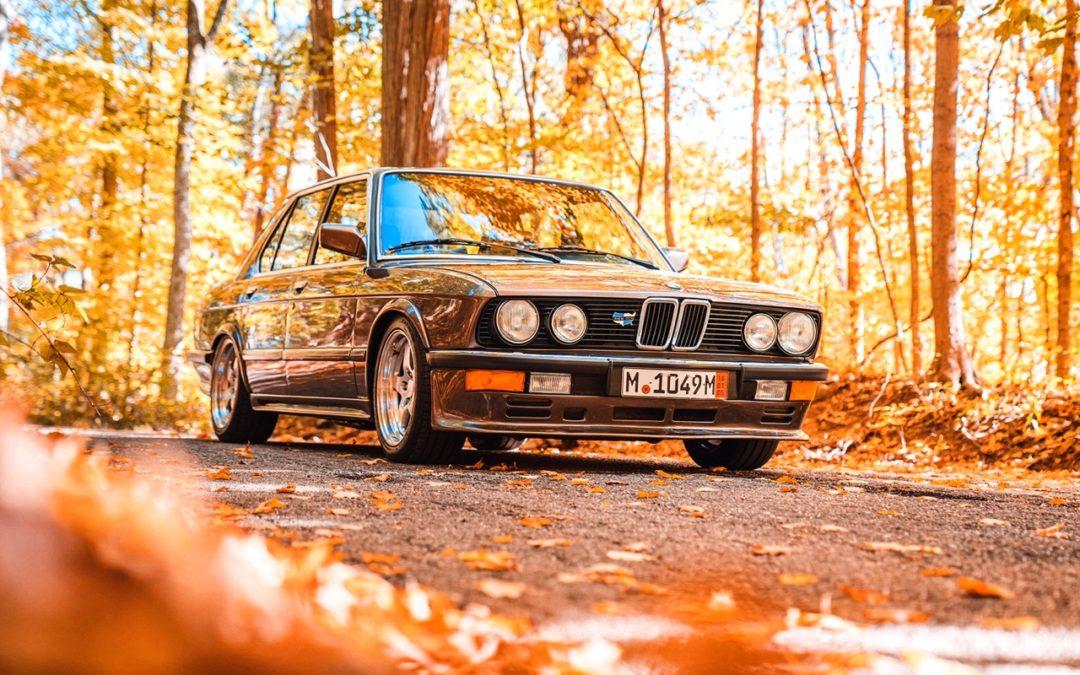 BMW 535i Turbo – Derrick feat. John Woo