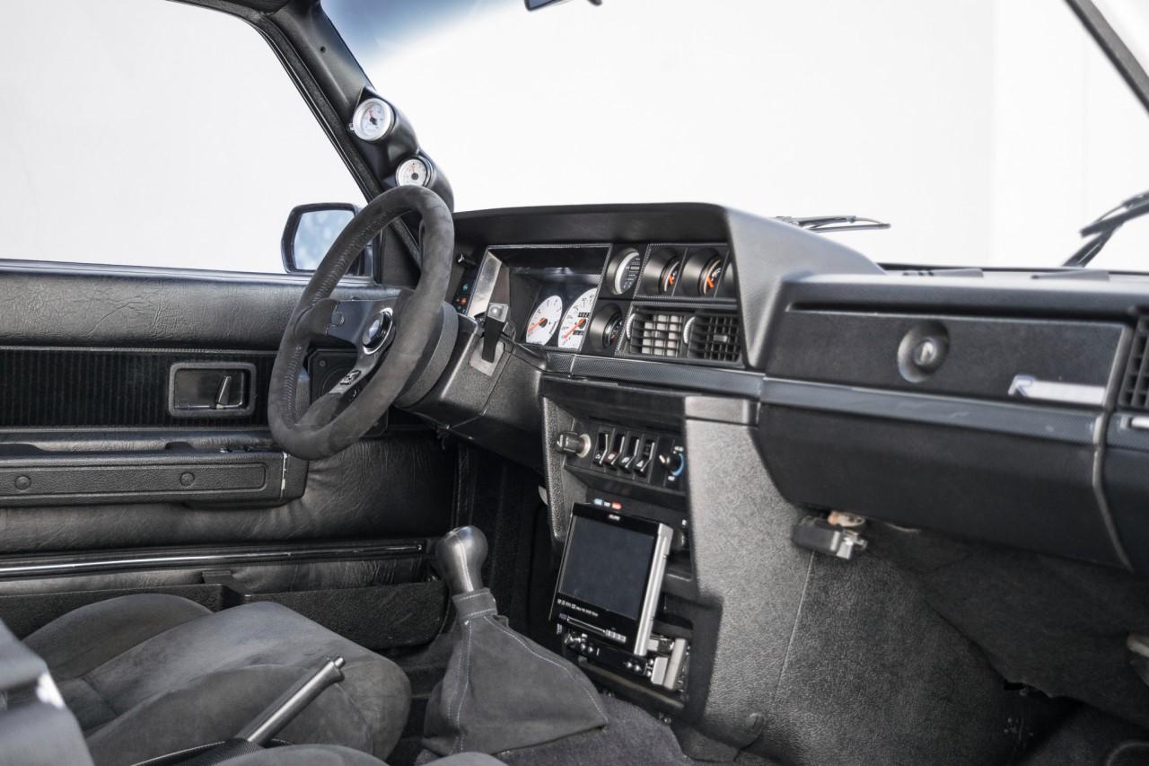 Volvo 242 swap T5R - Le parpaing viking 8