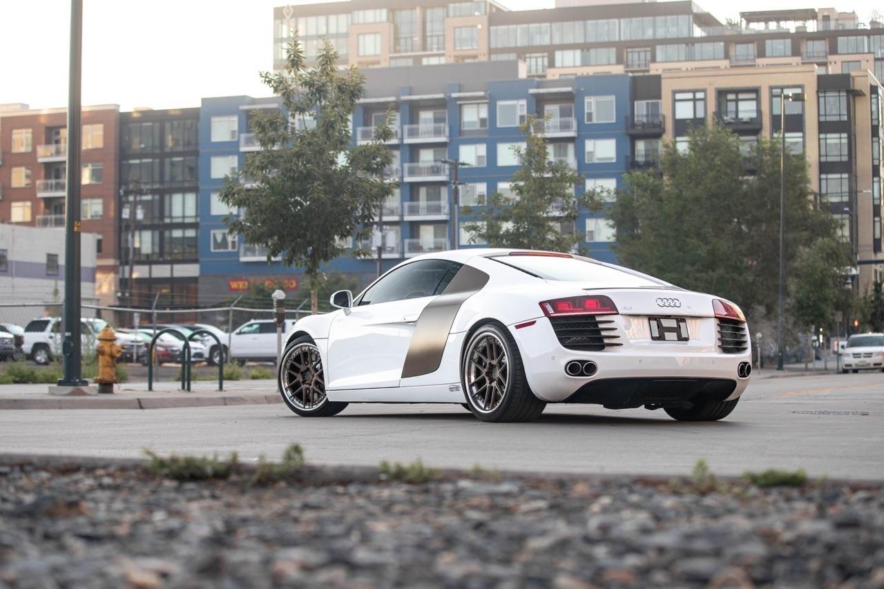 Audi R8 V8 4.2 l - Shootée au biturbo 5