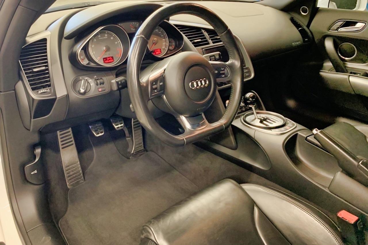 Audi R8 V8 4.2 l - Shootée au biturbo 11