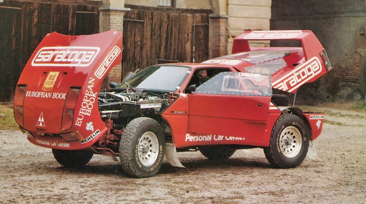 Red Typhoon ou F40 Pajero 4x4 : Une F40 au Paris Dakar ? 8