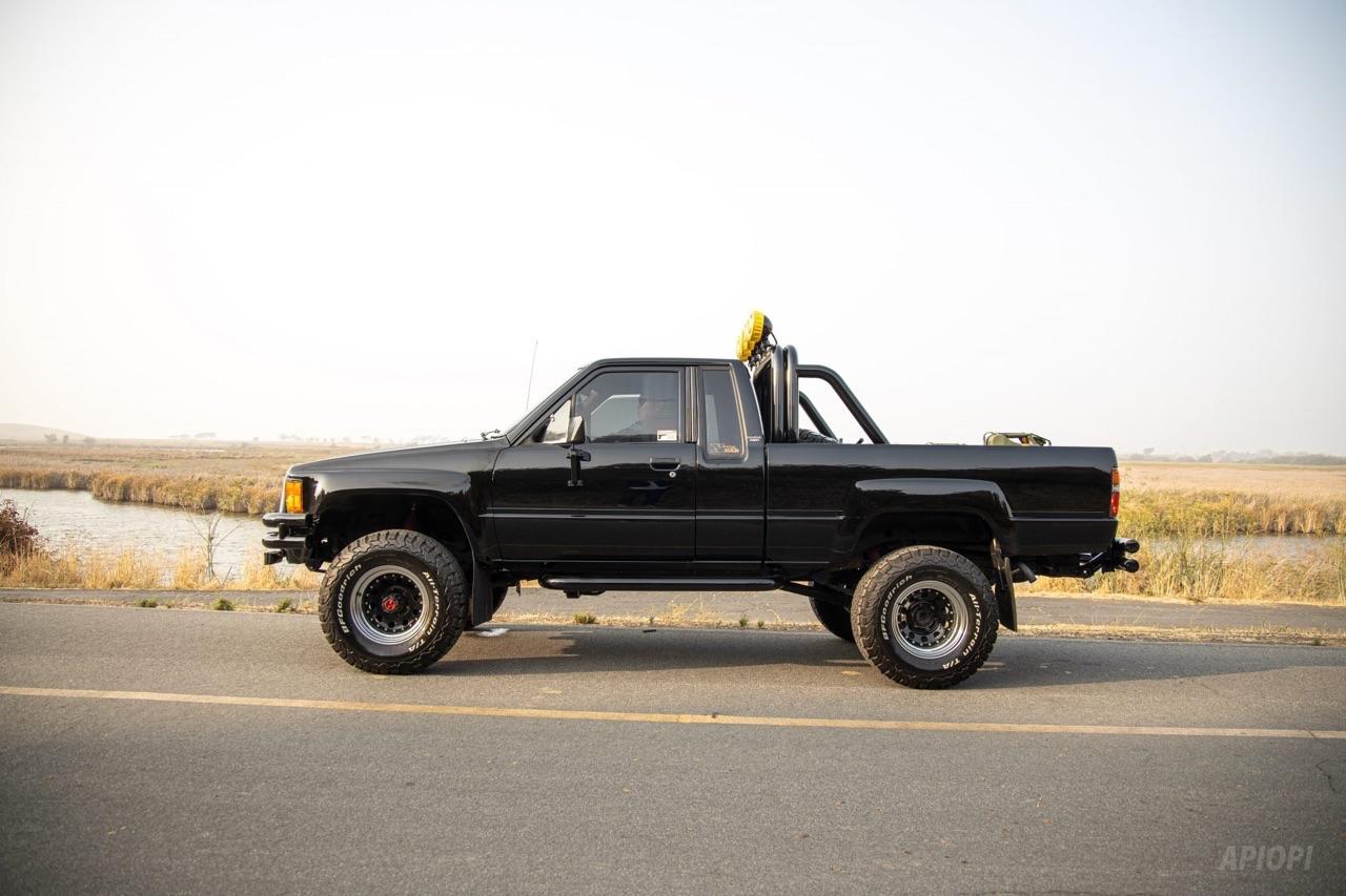 Toyota SR5 Xtra Cab... Y'a pas que la De Lorean ! 7