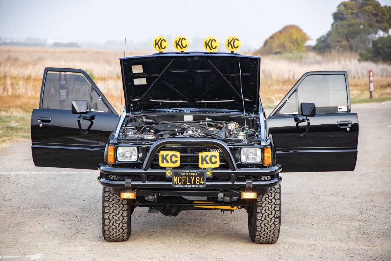 Toyota SR5 Xtra Cab... Y'a pas que la De Lorean ! 2