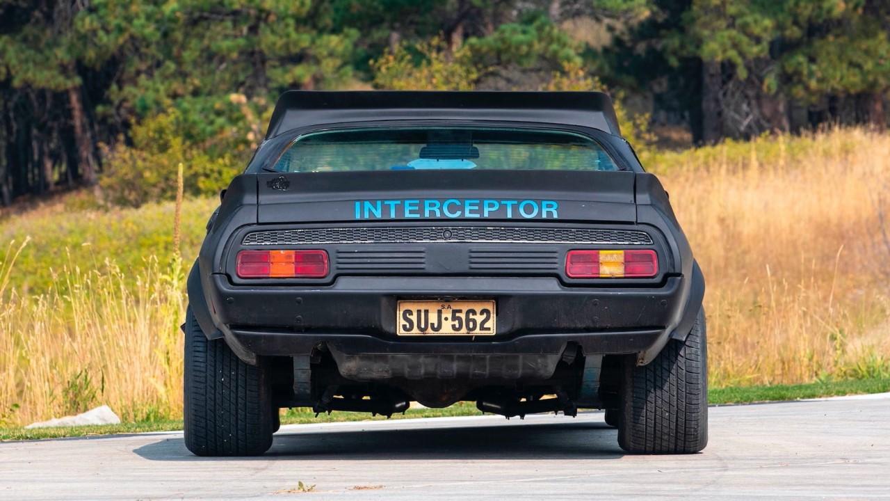 #Car Mytho : L'interceptor de Mad Max... Du cuir et du petrol ! 8