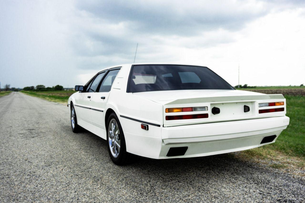 Aston Martin Lagonda de 1983 en V8 LT1 - Apportez le défibrillateur ! 33