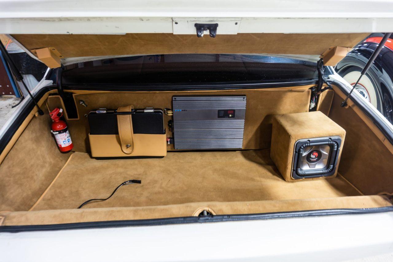 Aston Martin Lagonda de 1983 en V8 LT1 - Apportez le défibrillateur ! 40