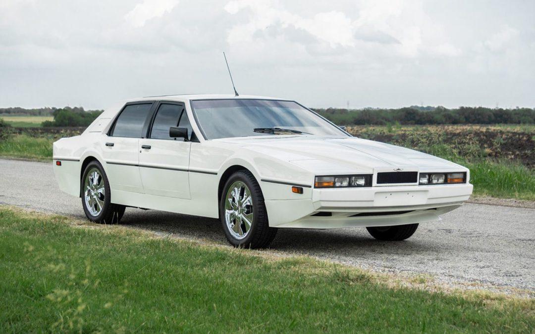 Aston Martin Lagonda de 1983 en V8 LT1 – Apportez le défibrillateur !