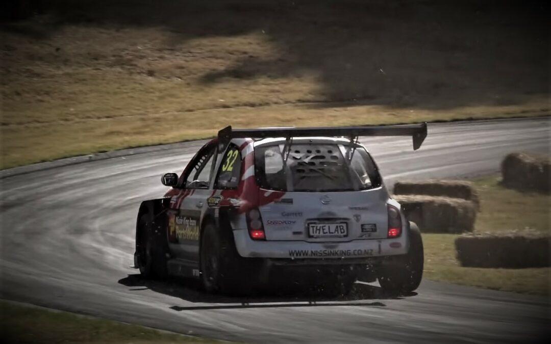 Nissan Micra V6 Twin-Turbo – Mimicracra fait n'importe quoi !