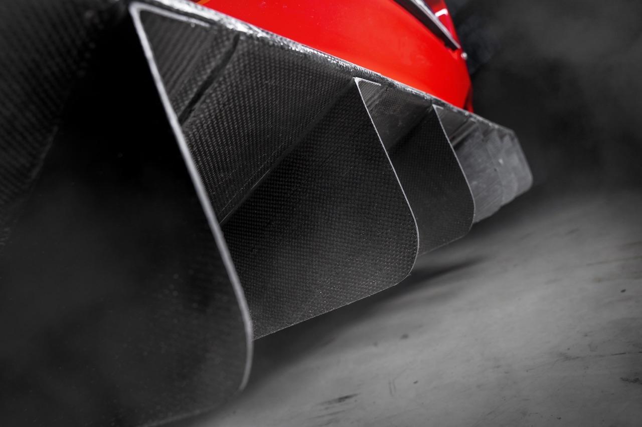Ferrari 575 GTC Stradale... Oui, ça veut dire street legal ! 5