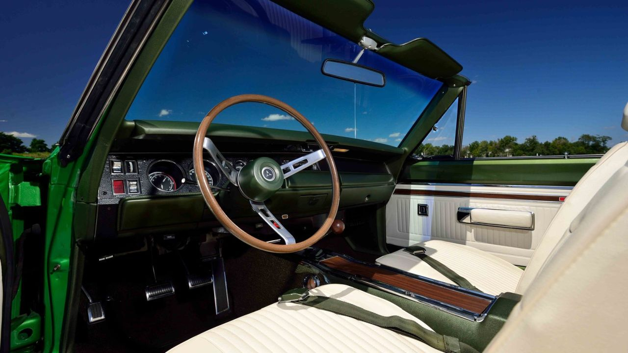 Dodge Coronet R/T Hemi Convertible de 1969... Poke-Ball Go !! 40