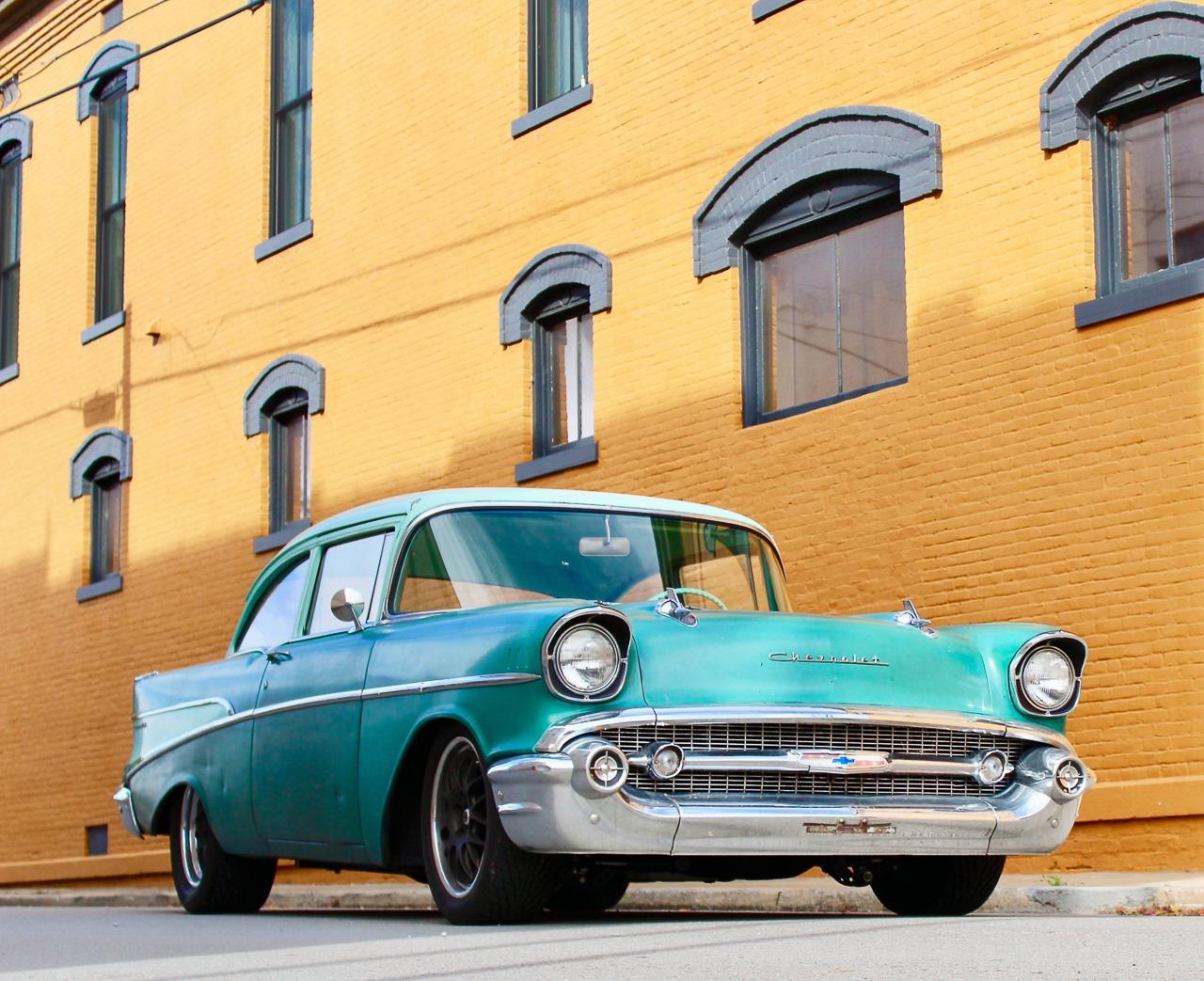 Chevrolet 210 2 Doors Sedan de 1957 en LS1 – Tout ça pour une ceinture… 1