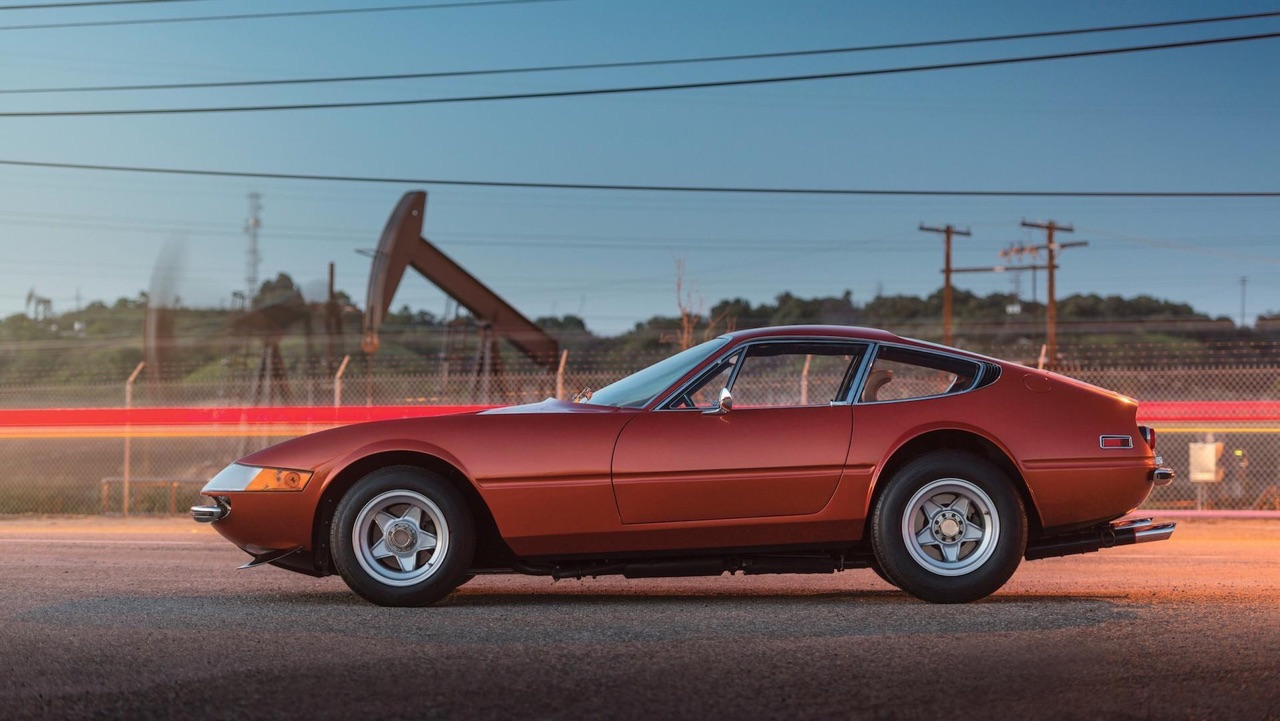 '71 Ferrari Daytona... sauce hot rod ! 19