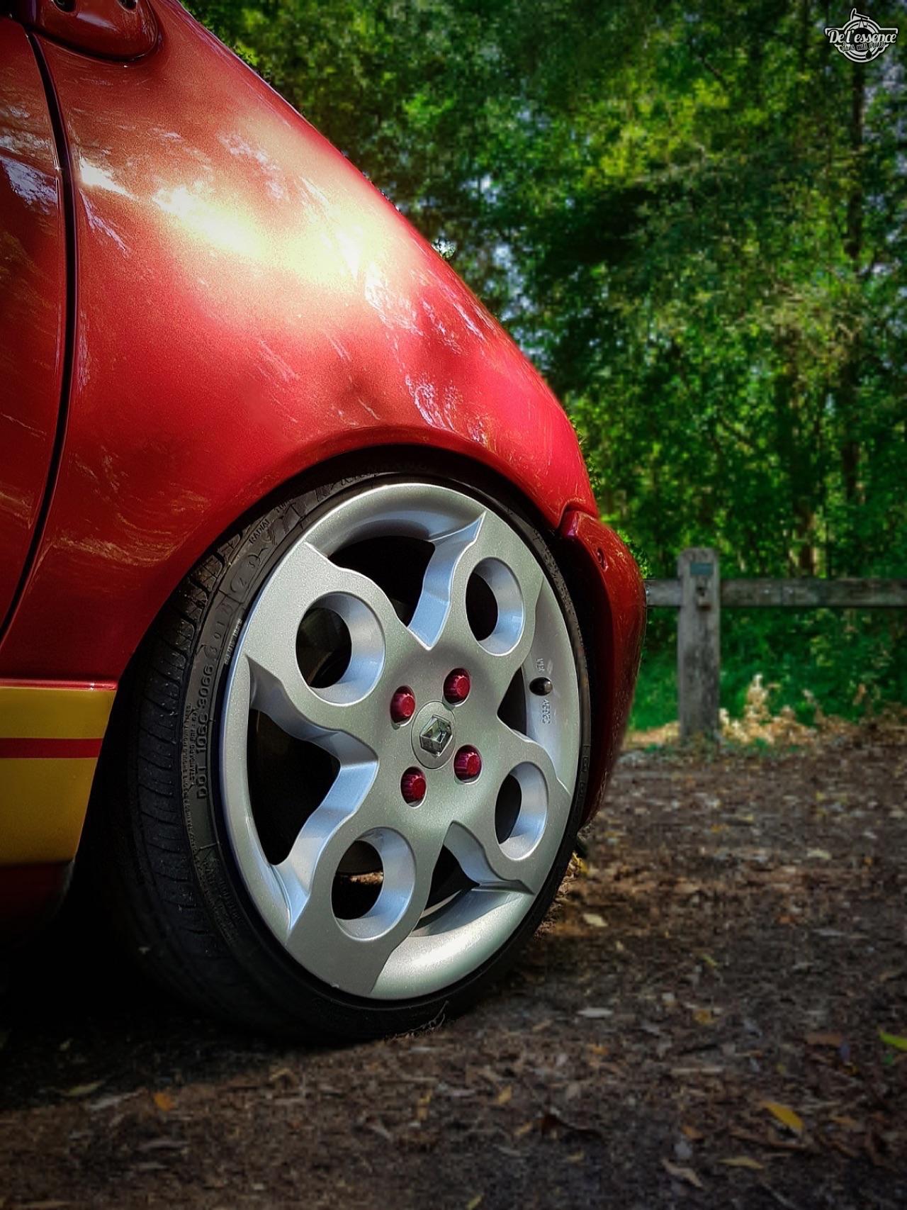 Renault Twingo - En rouge et or ! 7