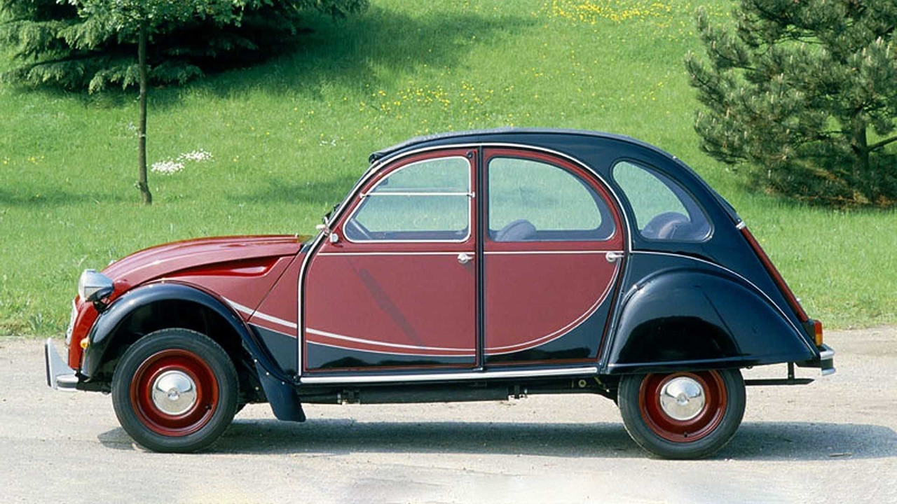 Ces voitures qui ont changé l'histoire #1 7
