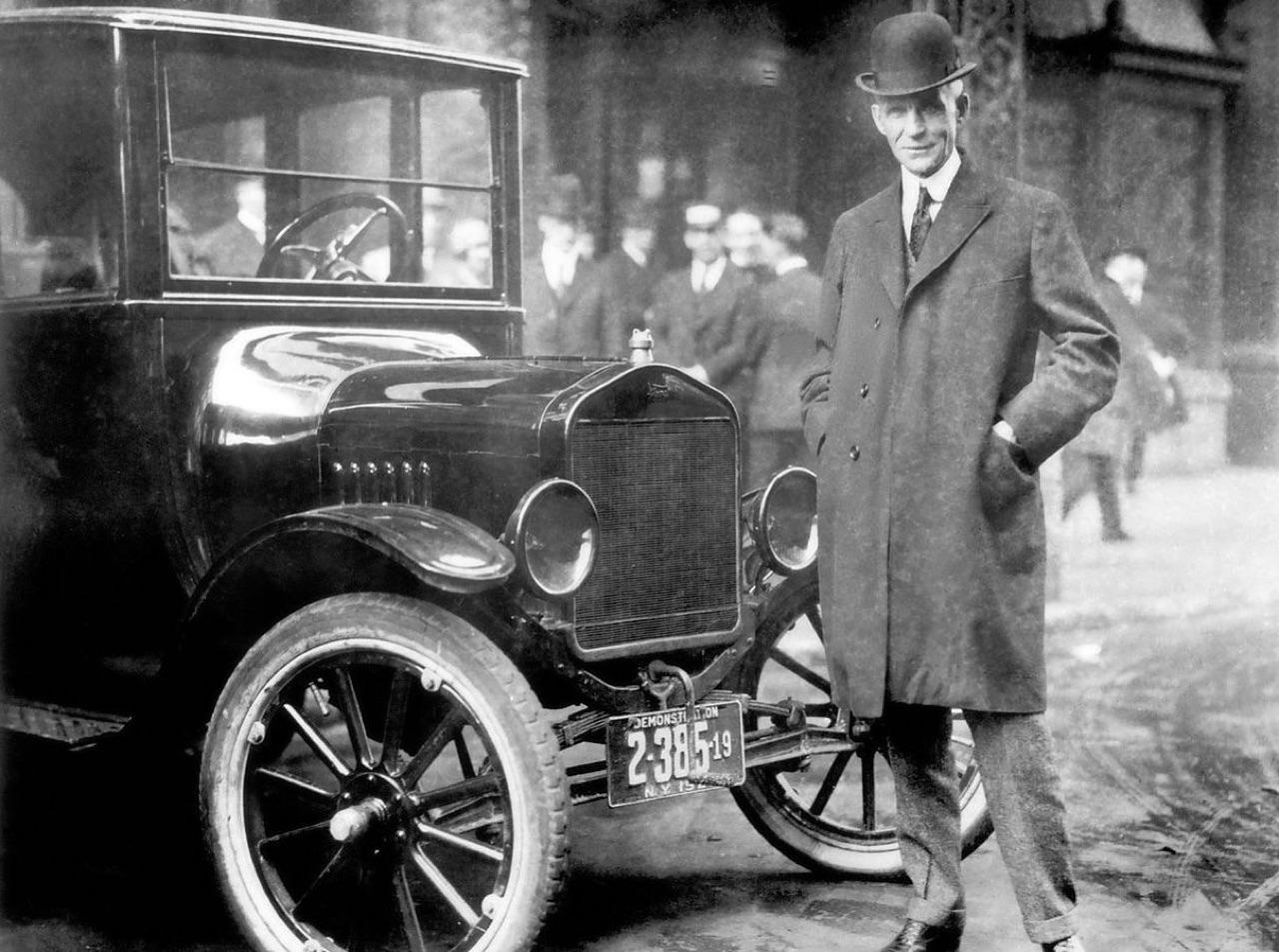 Ces voitures qui ont changé l'histoire #1 5