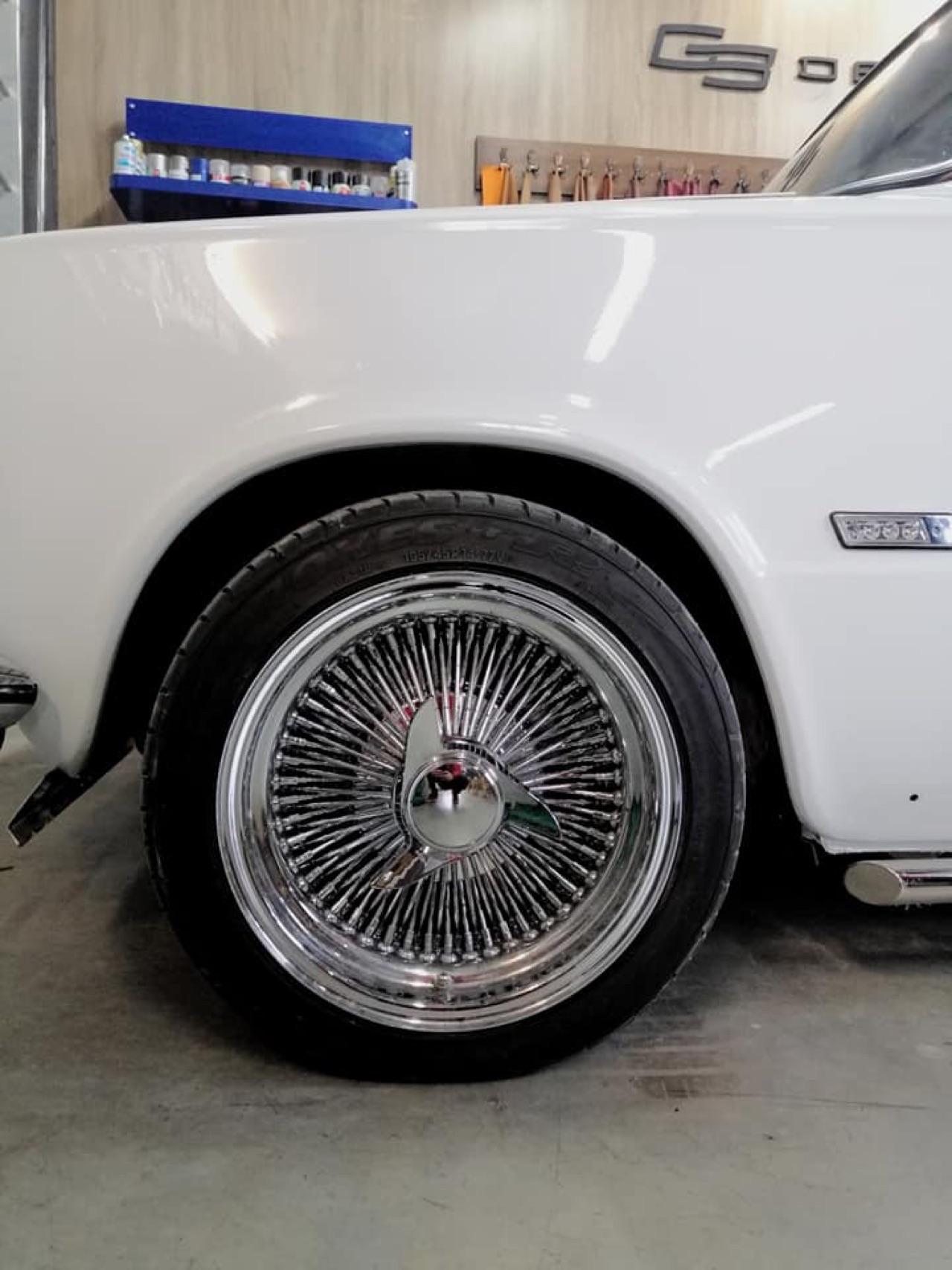 AvtoVAZ Lada 2101... A moins que ce soit une Bentley ! 5