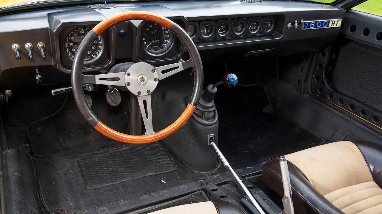 '69 Lancia Fulvia 1600 HF Competizione - Opération séduction ! 8