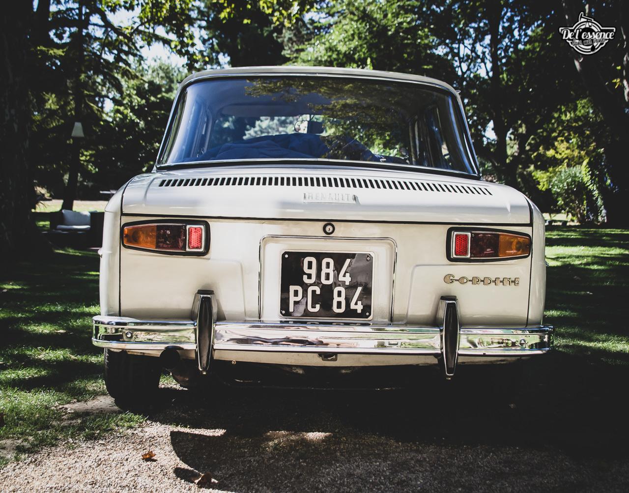 '67 R8 Gordini 1300 blanche... oui, blanche. 9