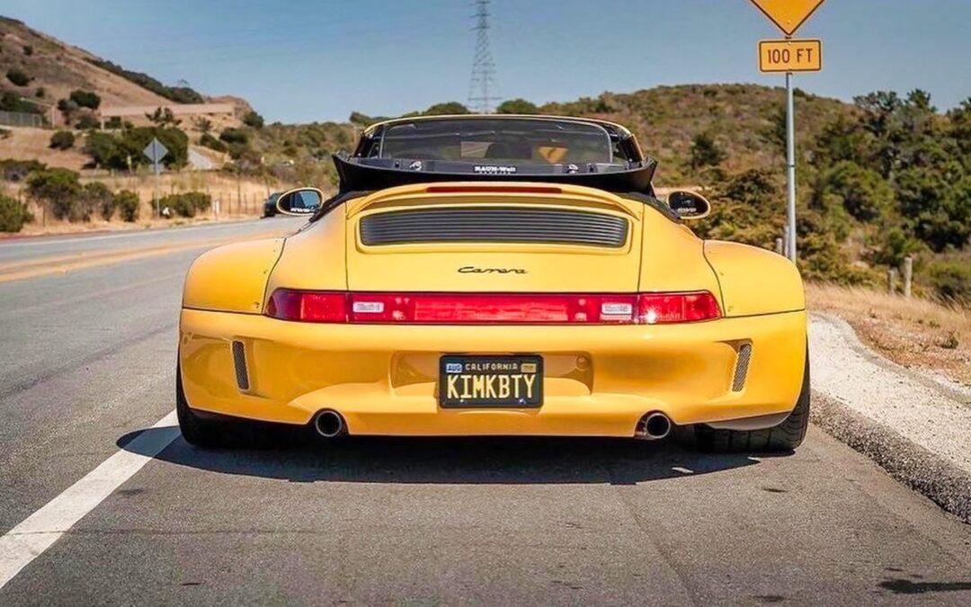 Porsche 993 Cab' RWB… et en plus, elle est jaune !