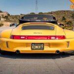 Porsche 993 Cab' RWB... et en plus, elle est jaune !