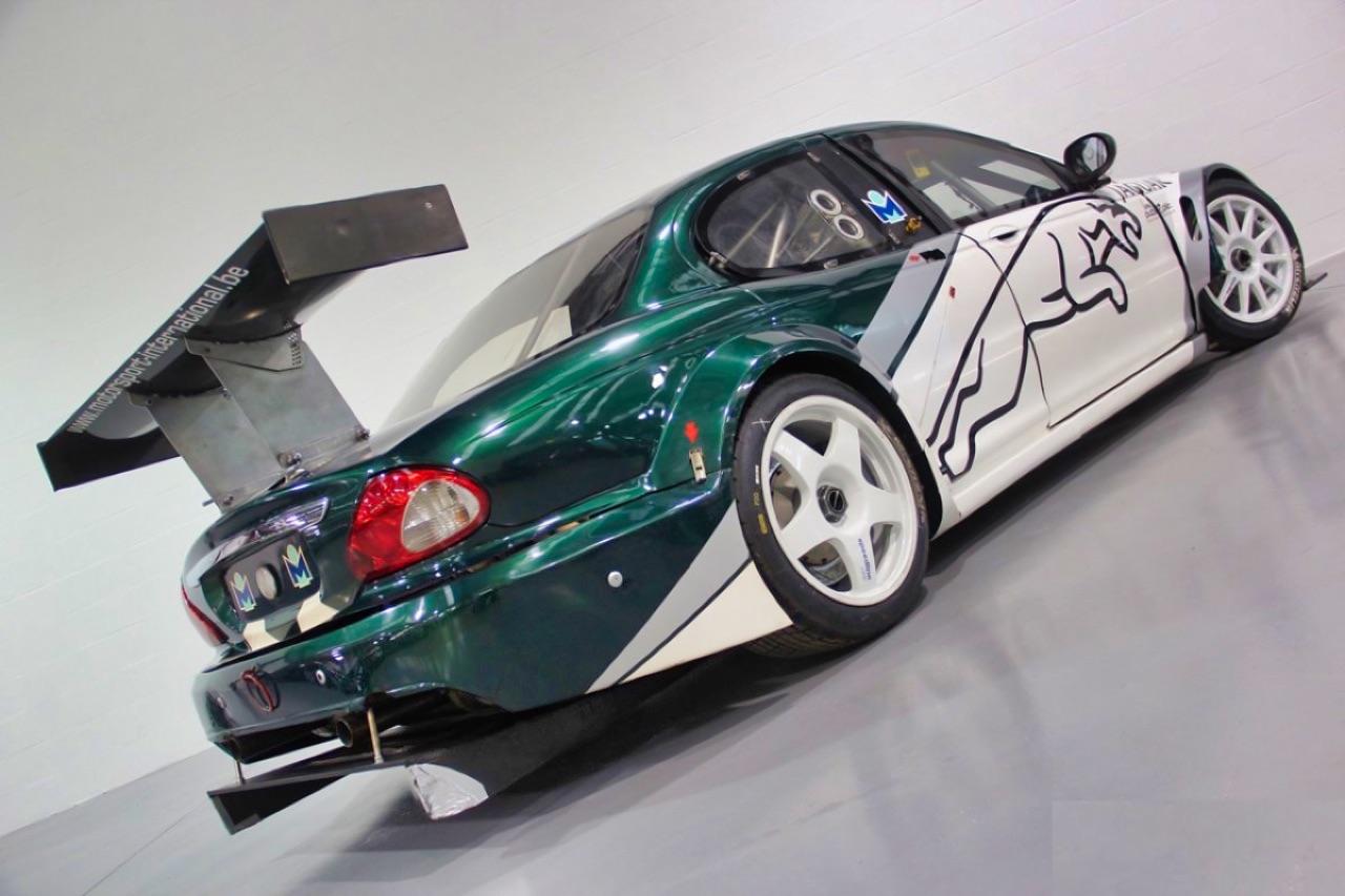 Jaguar X Type Silhouette - Sprinteuse en talon aiguille ! 4