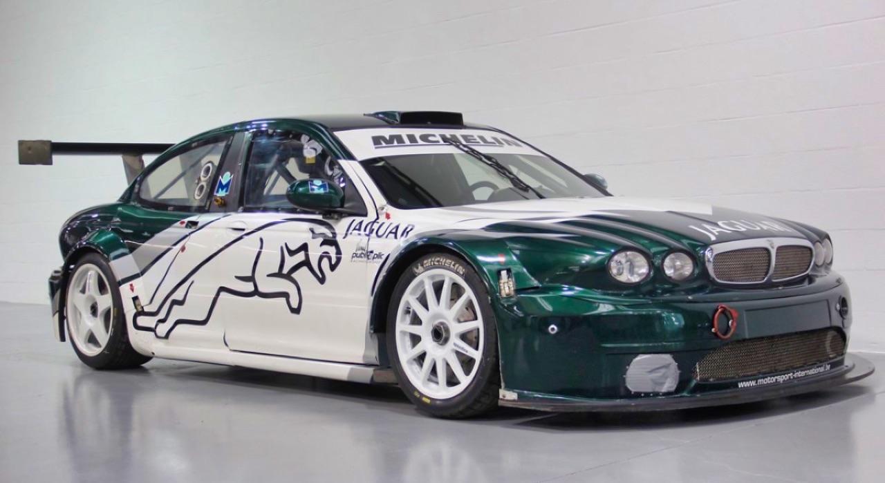 Jaguar X Type Silhouette - Sprinteuse en talon aiguille ! 3