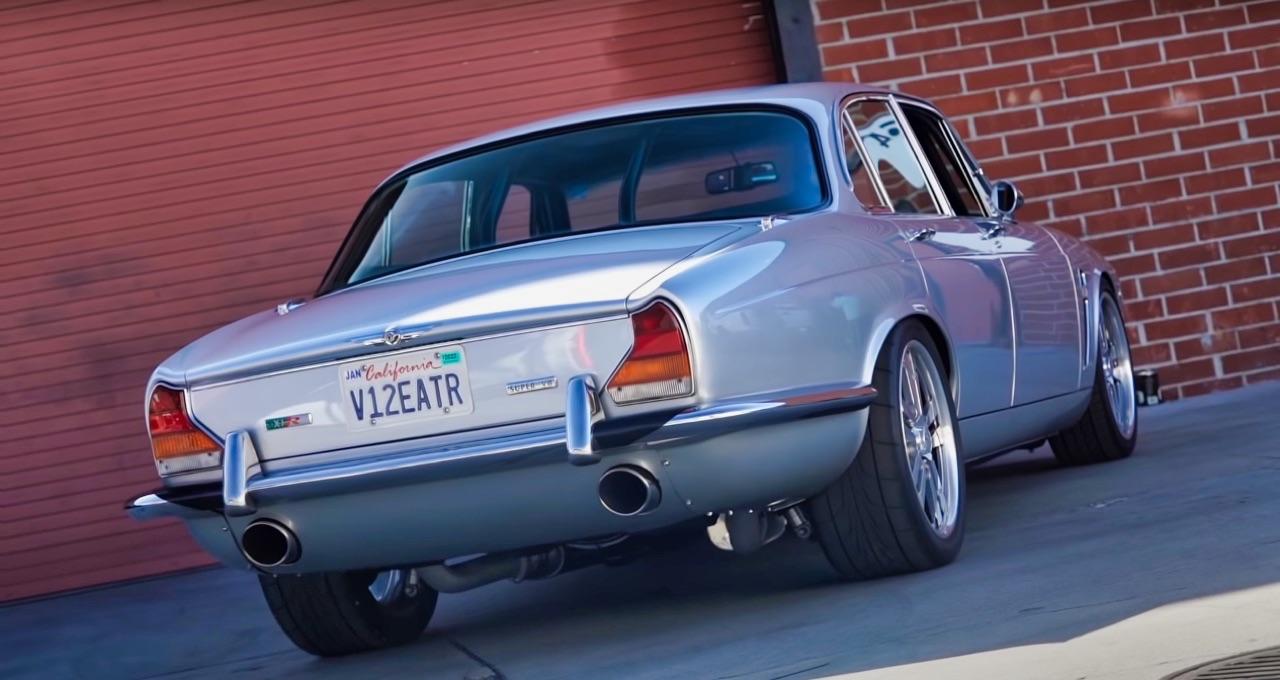 '70 Jaguar XJ6 V8 Big Block... 1000 ch pour la Reine Mère ! 11
