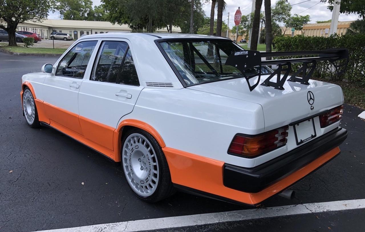 Mercedes 190 3.2 l - Track mode... 3