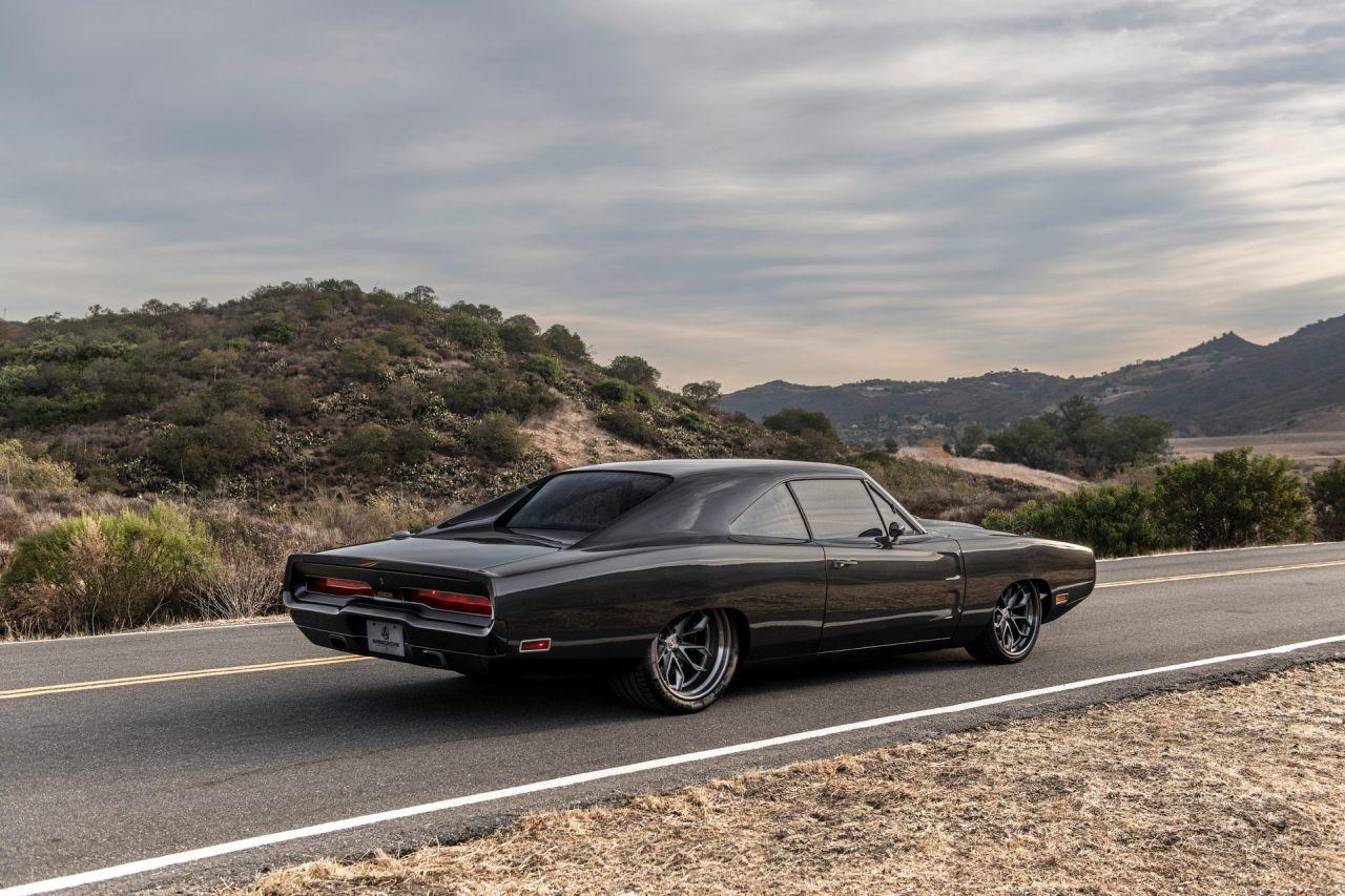 """Dodge Charger """"Hellraiser"""" 1970 - Vous reprendrez-bien quelques chevaux ? 1"""