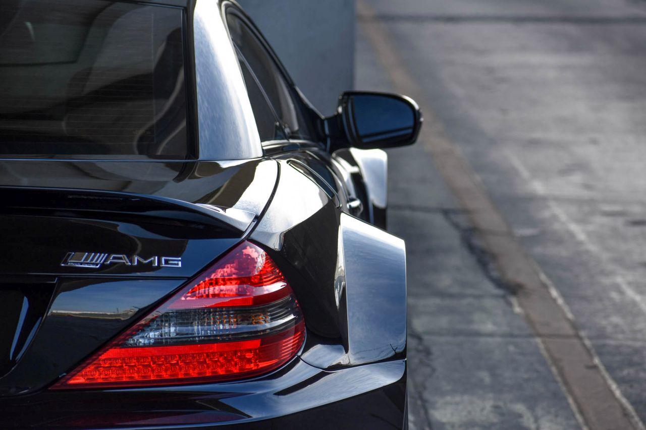 Mercedes SL65 AMG Black Series 2009 - Ténèbres, fattitude, et violence. 9