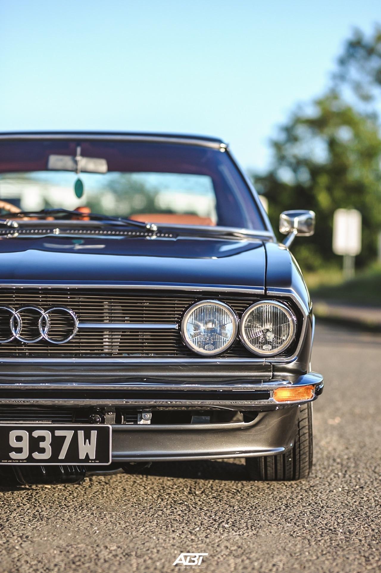 Bagged Audi 100 Coupé S... Best of Show ! 39