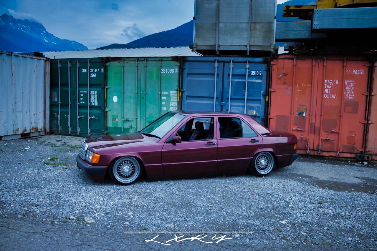 Bagged Mercedes 190 Avantgarde Rosso - Une occasion rare ! 3