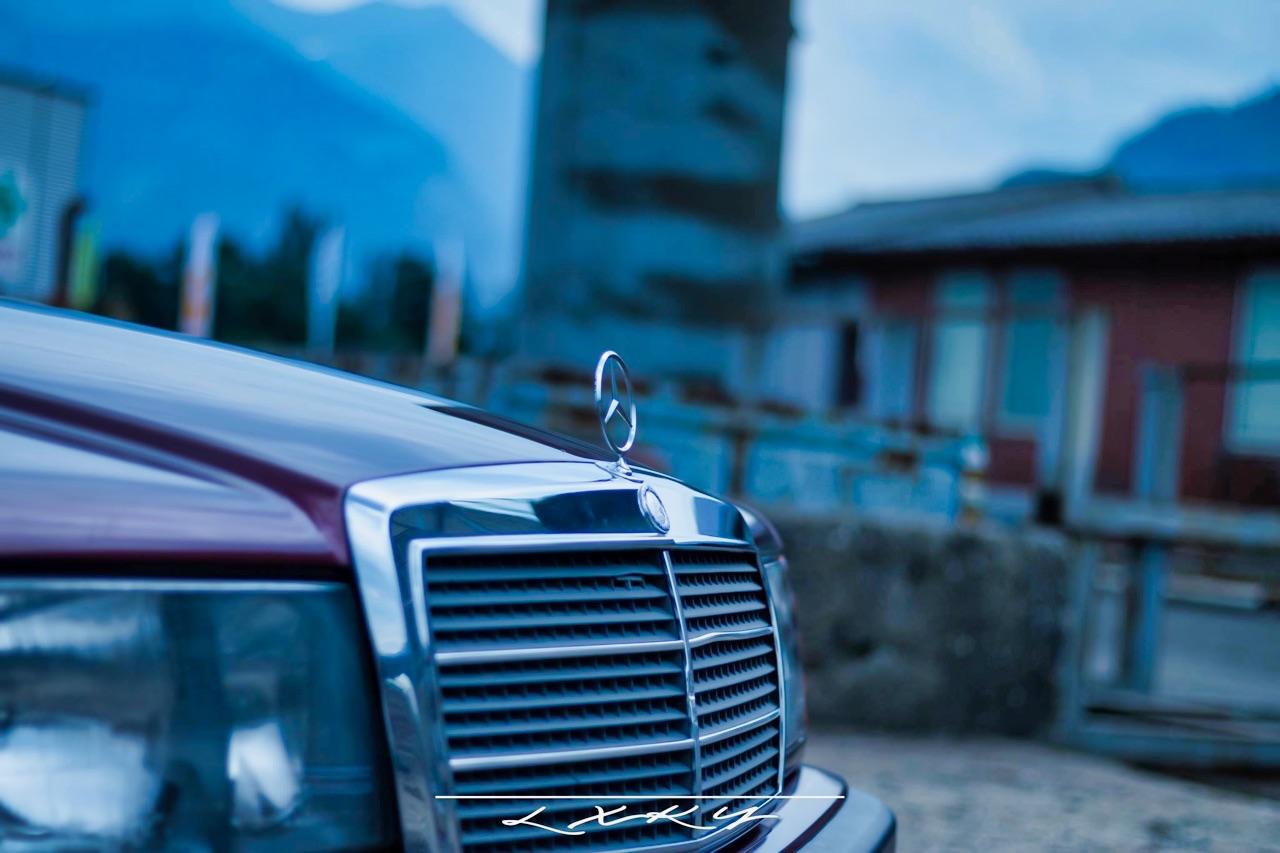 Bagged Mercedes 190 Avantgarde Rosso - Une occasion rare ! 5