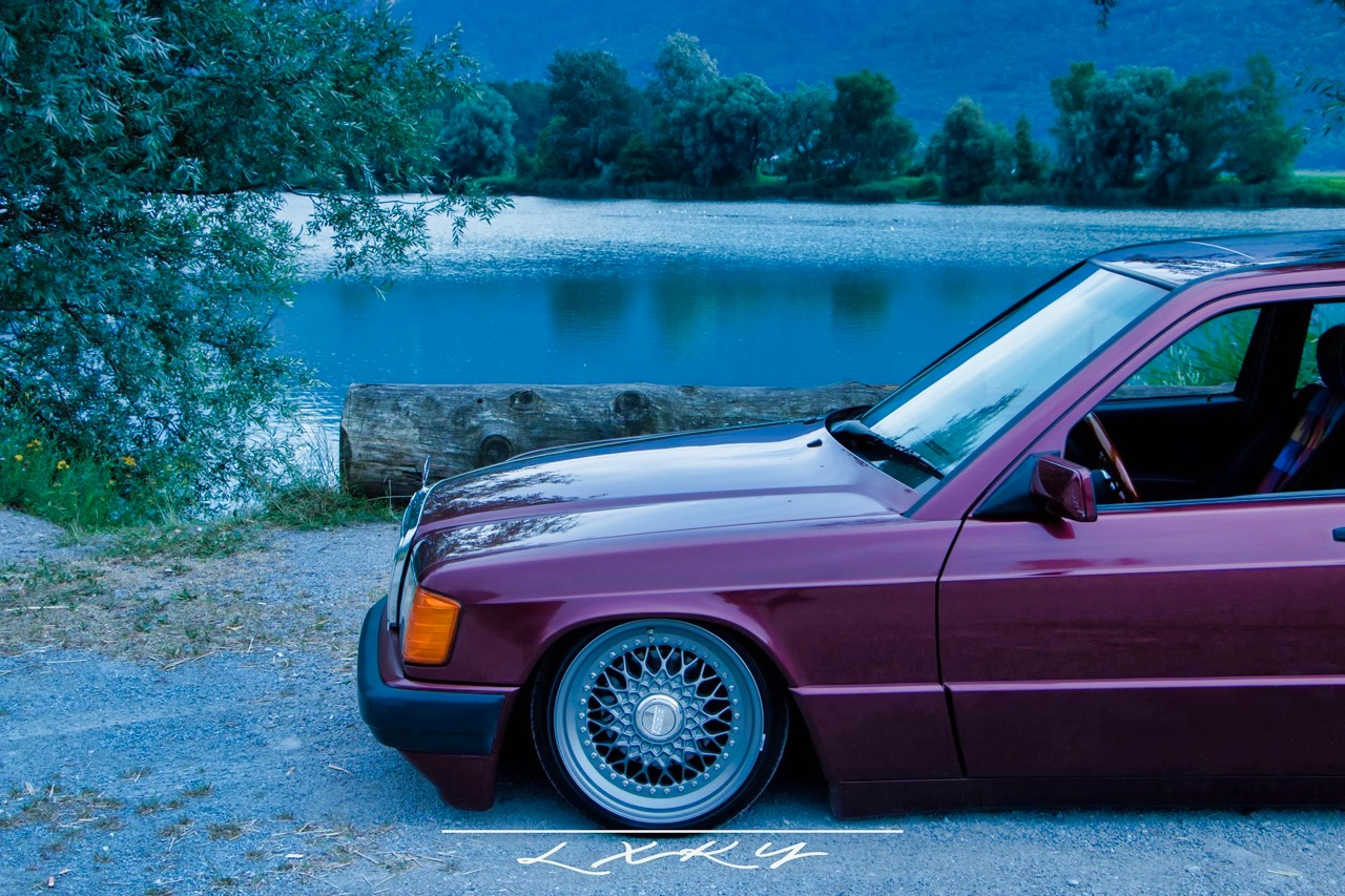 Bagged Mercedes 190 Avantgarde Rosso - Une occasion rare ! 6