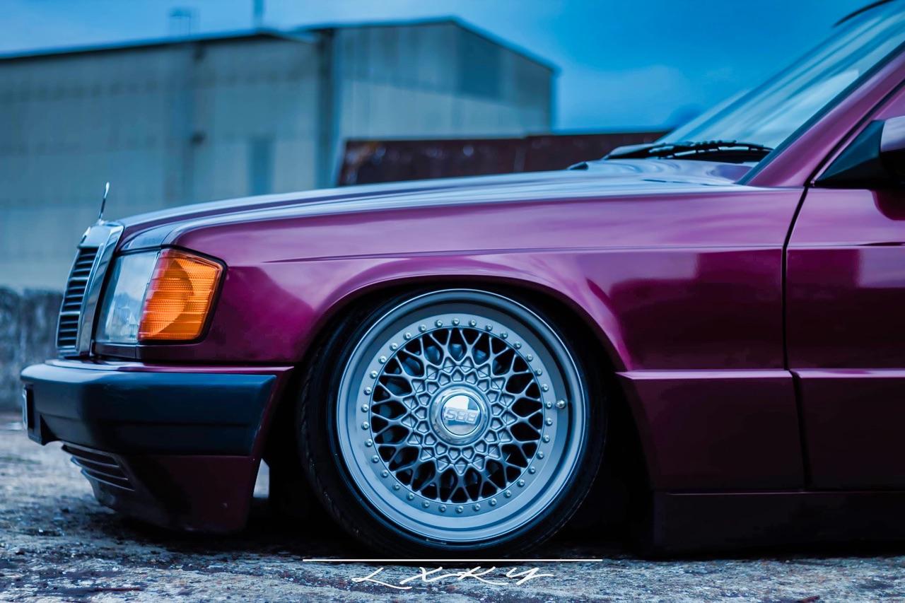 Bagged Mercedes 190 Avantgarde Rosso - Une occasion rare ! 9