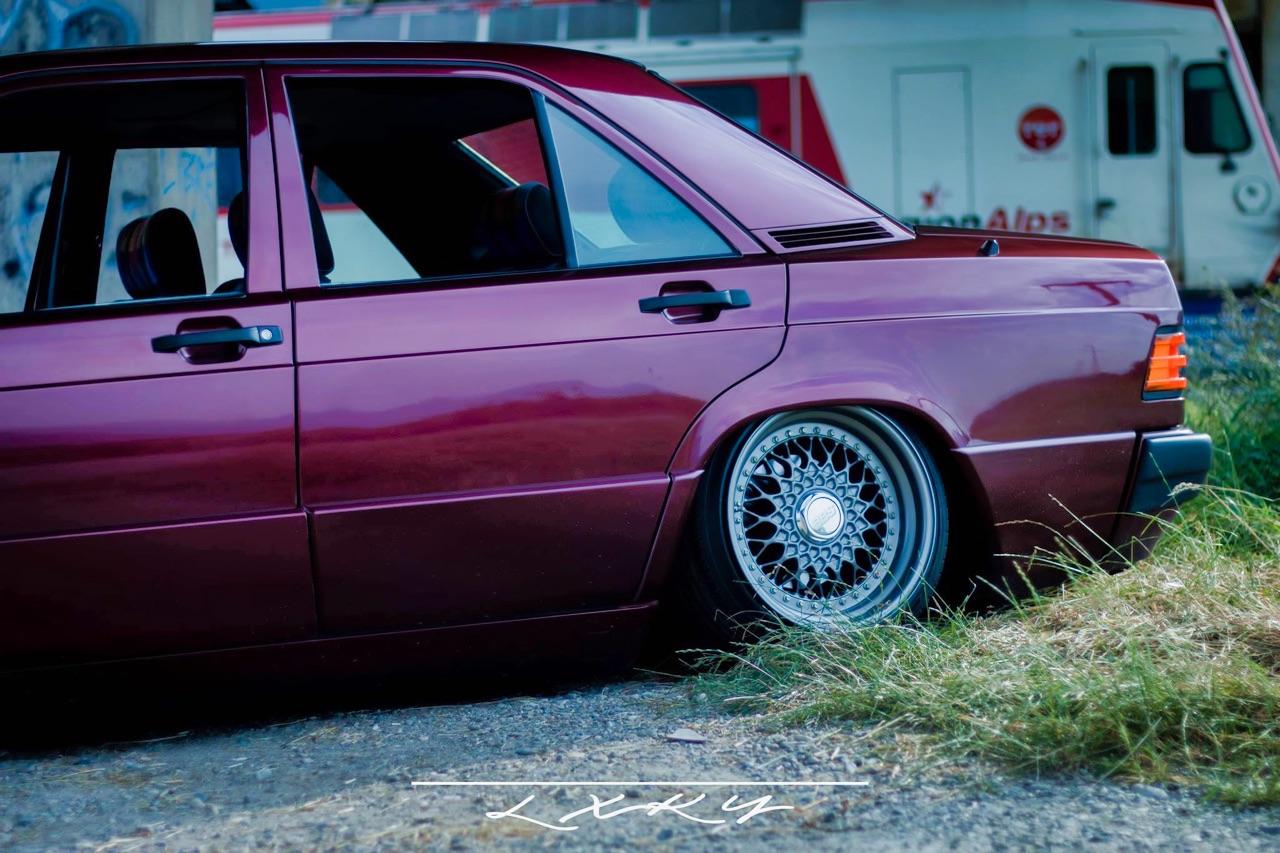 Bagged Mercedes 190 Avantgarde Rosso - Une occasion rare ! 10